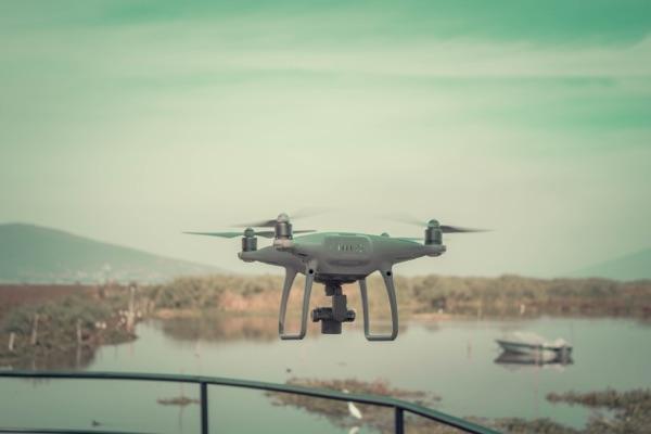 Dron con estabilizador